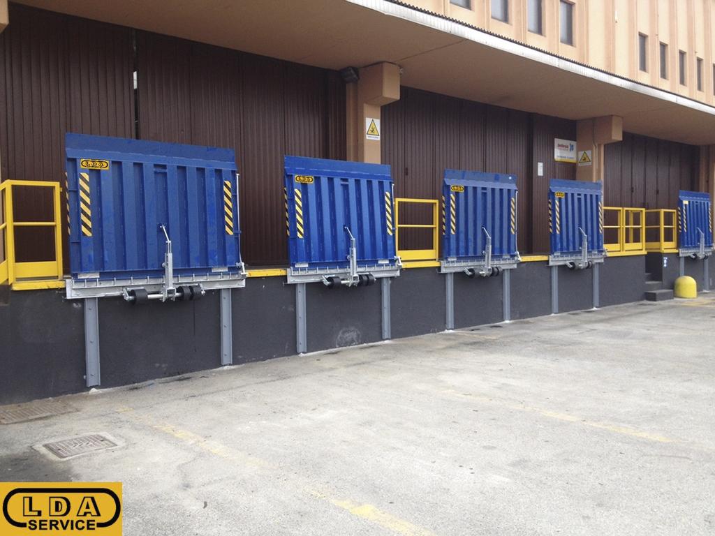 Rampe e pedane di carico lda service for Rampe di carico per container